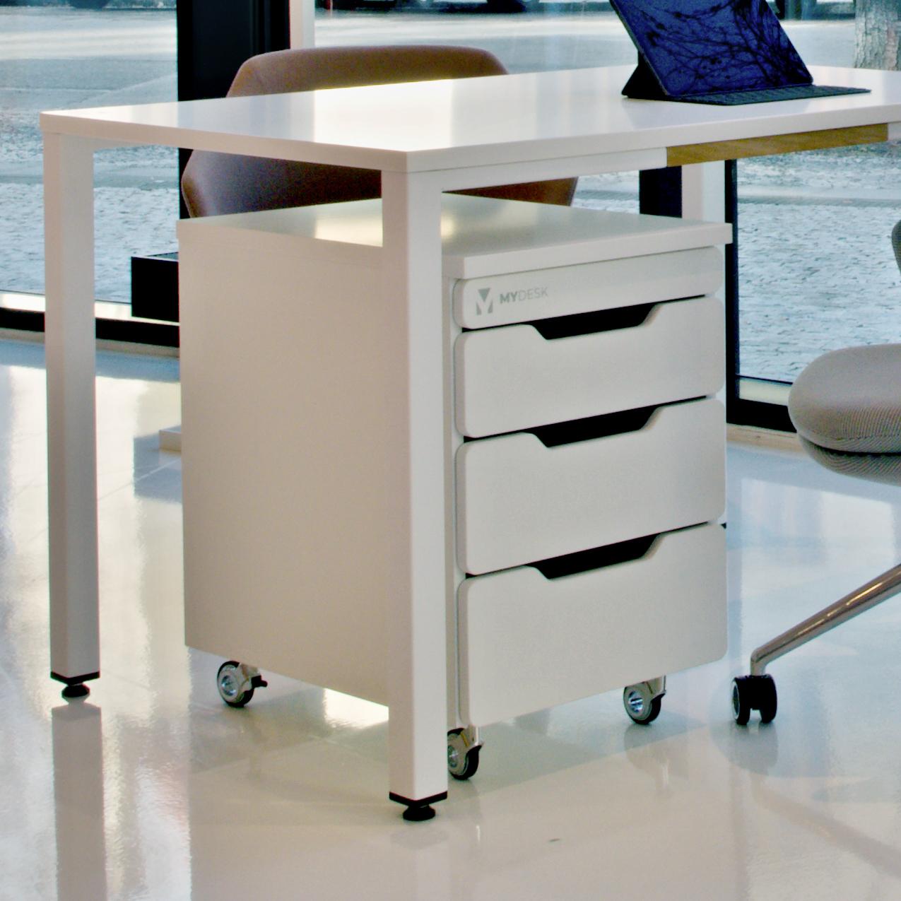 úložný nábytek